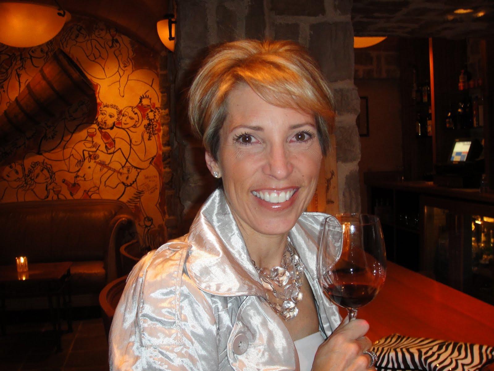 Home Shopping Queen: April 2010