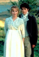 Emma Thompson and Hugh Grant in Sense and Sensibility