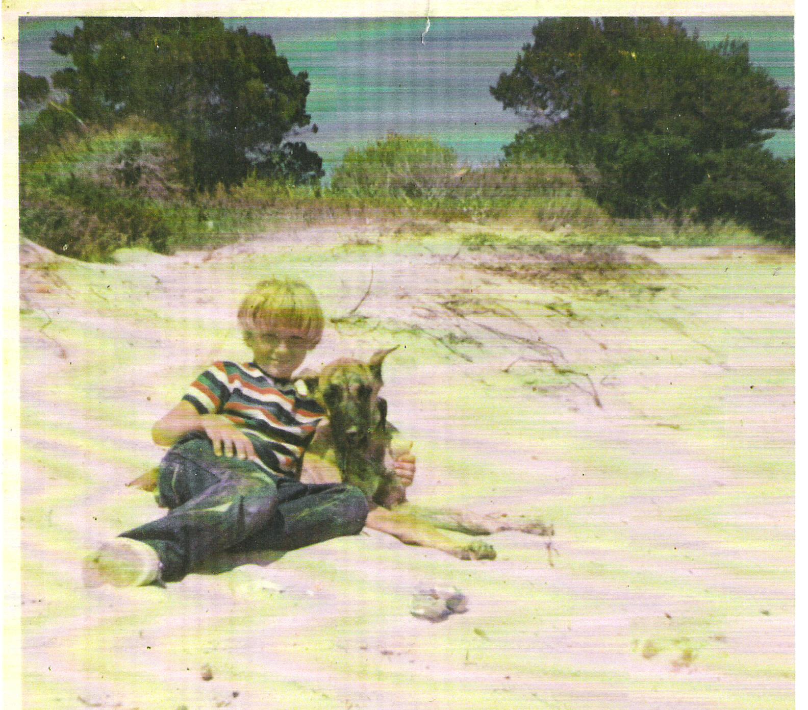 [Lord+Sydney+with+dog+Lita+on+Salinas+beach[1].Ibiza]