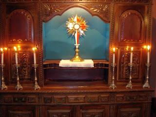 A devoção ao SantÃssimo Sacramento, faz parte do carisma dos Arautos do Evangelho