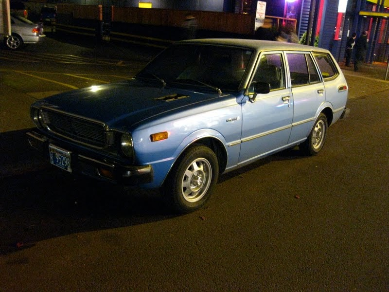 Old Parked Cars 1976 Toyota Corolla Wagon