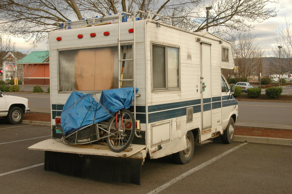 doktor dolam: tags: campers, Dodge, RV's,