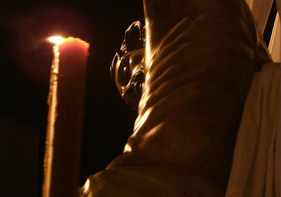 El Vía+Crucis del Descendimiento a través del objetivo de Jorge Ponce