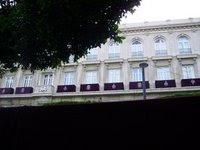 El Ayuntamiento ayuda a engalanar los balcones durante la Semana Santa