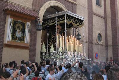 Crónica de la noche en la que los cofrades de toda España hallaron Consuelo en Almería