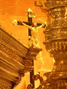 """Galería fotográfica de la Virgen del Consuelo en """"Paseo cofrade"""""""