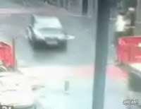 衝撃事故映像!車止めに衝突!!