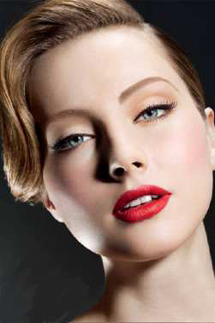 Beauty Make Up: THE ELES ROOM: 40's Inspired Makeup
