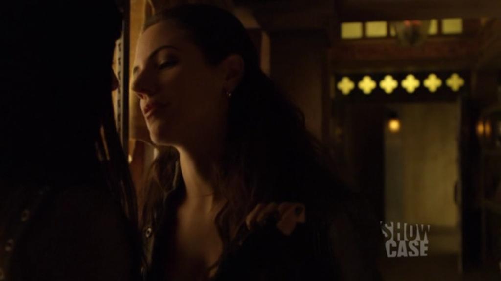 как silk девушек целует anna фото
