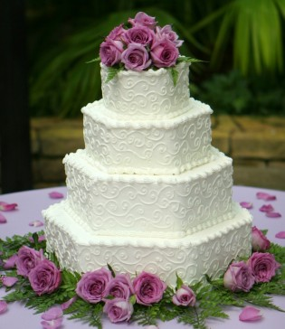 wedding cakes pictures purple green round wedding cakes. Black Bedroom Furniture Sets. Home Design Ideas