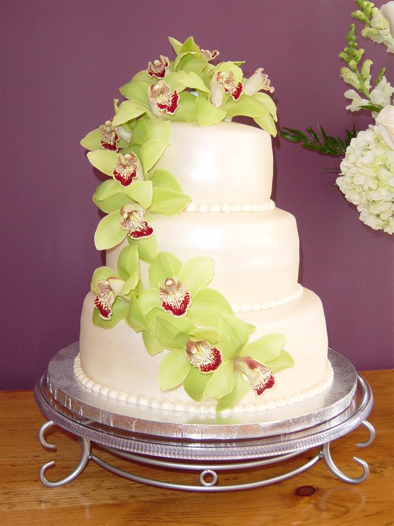 Decorated Gold White Cake Flower Orchid