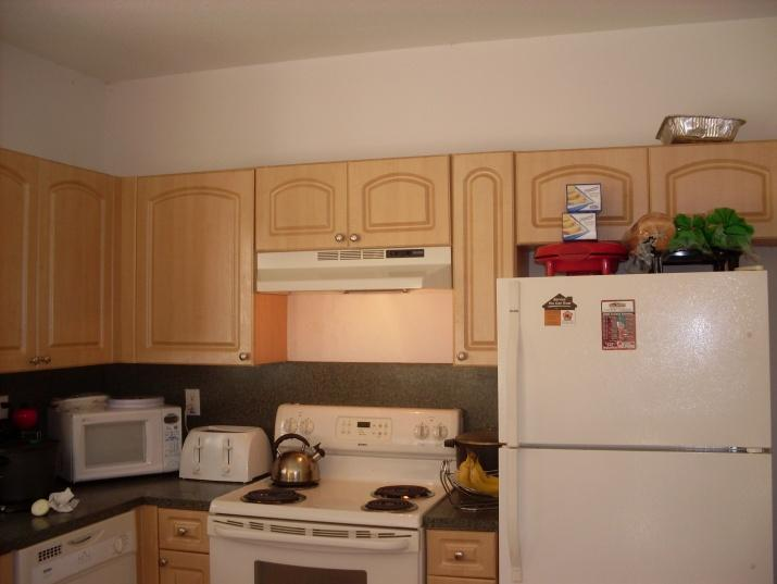 What Is The Proper Way To Paint Kitchen Cabinets