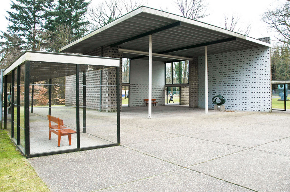 Architecture by Gerrit Rietveld | modern design by ... De Stijl Architecture