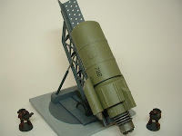 40k warhammer terrain buzz bomb rocket with launcher pulp mad science 25-28 mm