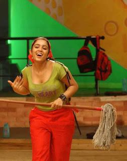 Tollywood hot Actress Charmi Kaur