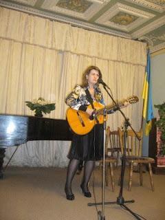 Неля Франчук (http://vechoryspivslova. blogspot.com/)
