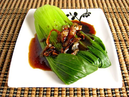 Baby Bok Choy in Oyster Sauce with Fried Shallots