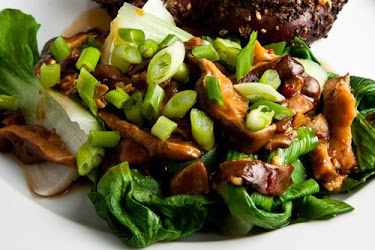 Baby Bok Choy with Shiitake Mushrooms