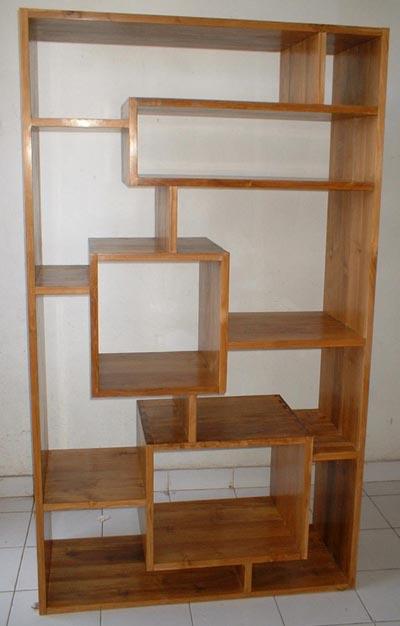 Wooden Tree Bookshelf