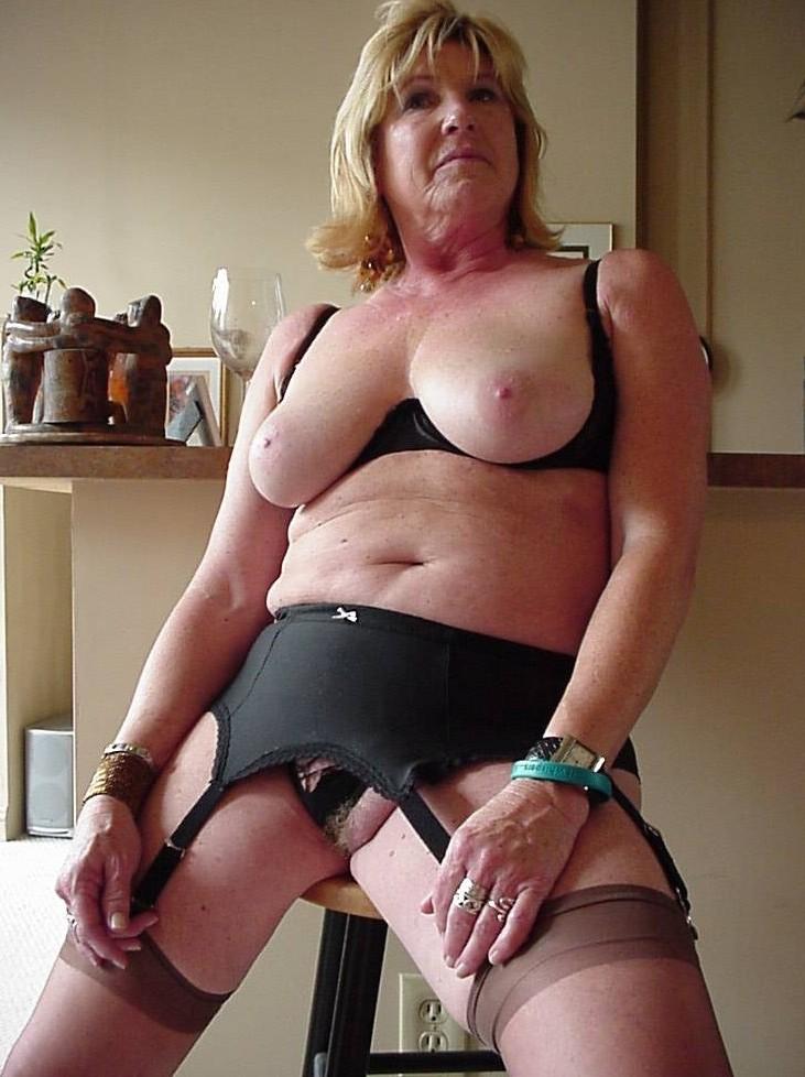 hot sexy grandma