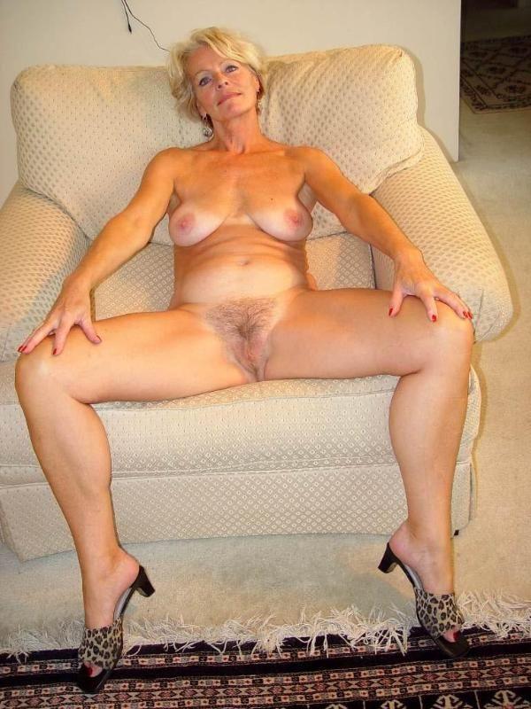 Classy Mature Naked Women