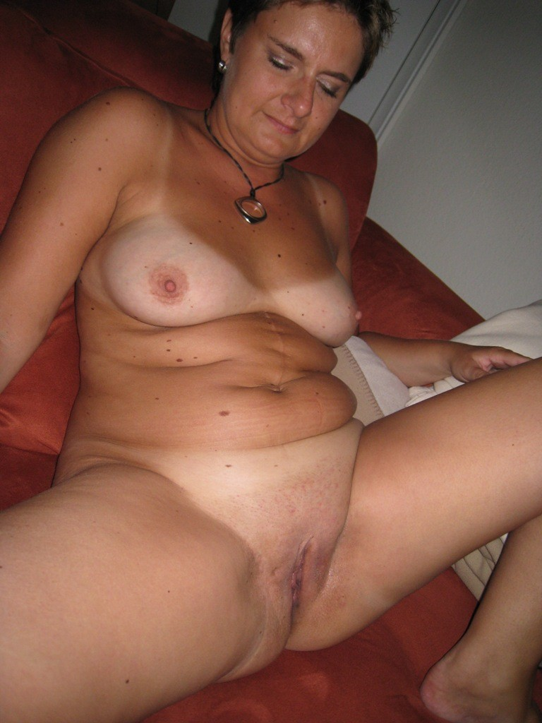 Naked 40 Year Old Milf