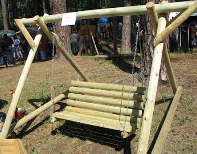 деревянные дачные качели
