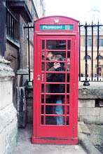 Rhett and Sarah in phone booth