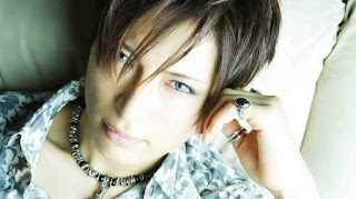 Gackt Men with beautiful skin - Oricon