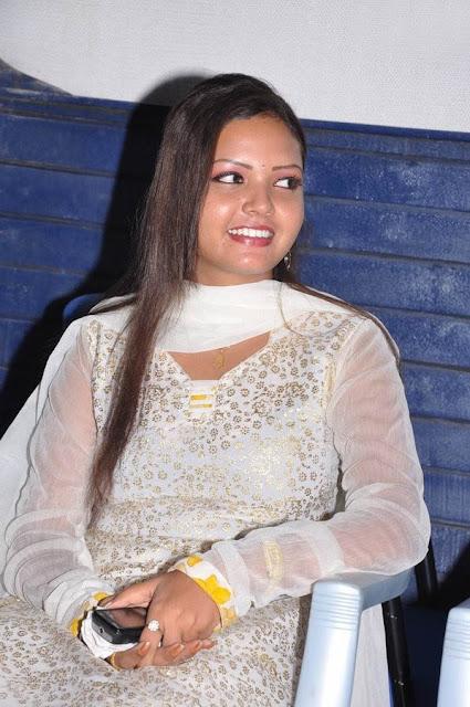 Vengayam Press meet Pavina