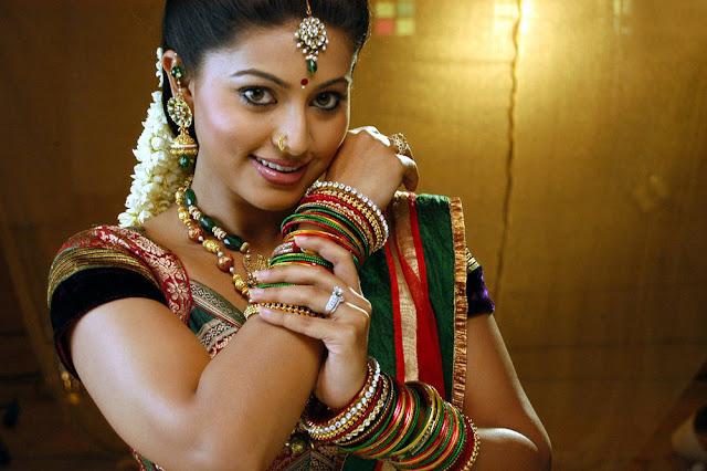 Vidiyal Movie Sneha still 9