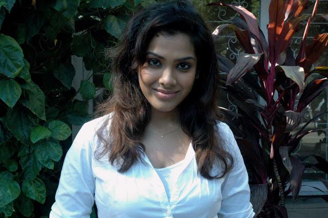 Sandhya Latest Stills 1