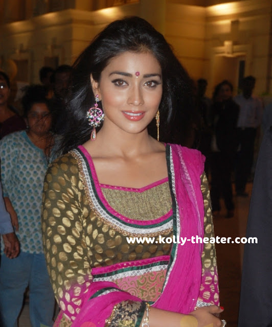 Simbu and Shriya @ Hiranandani Palace Gardens stills 6