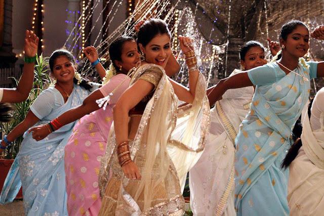 Uthama Puthiran Movie Dhanush-Genelia stills