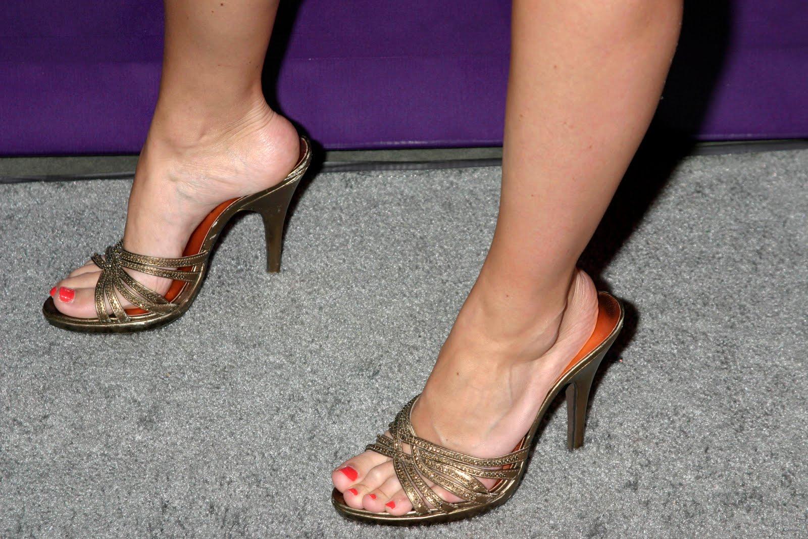 Tits Feet Jewel Staite naked photo 2017