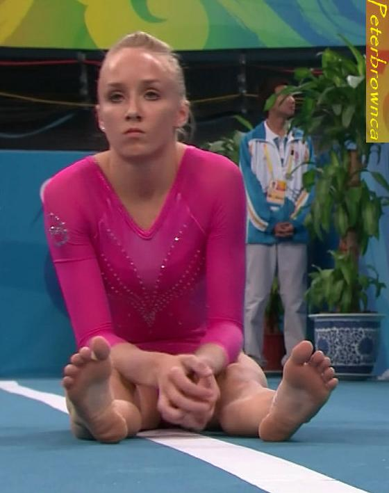 Long Short Hair Style Nastia Liukin Feet