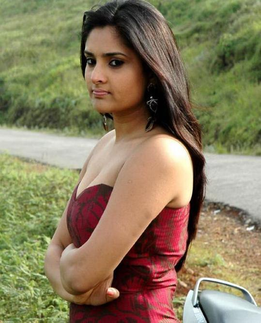 actress ramya hot