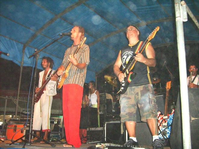 Banda Oriundos de Jáh no Palco omde gravou seu SHOW AO VIVO.