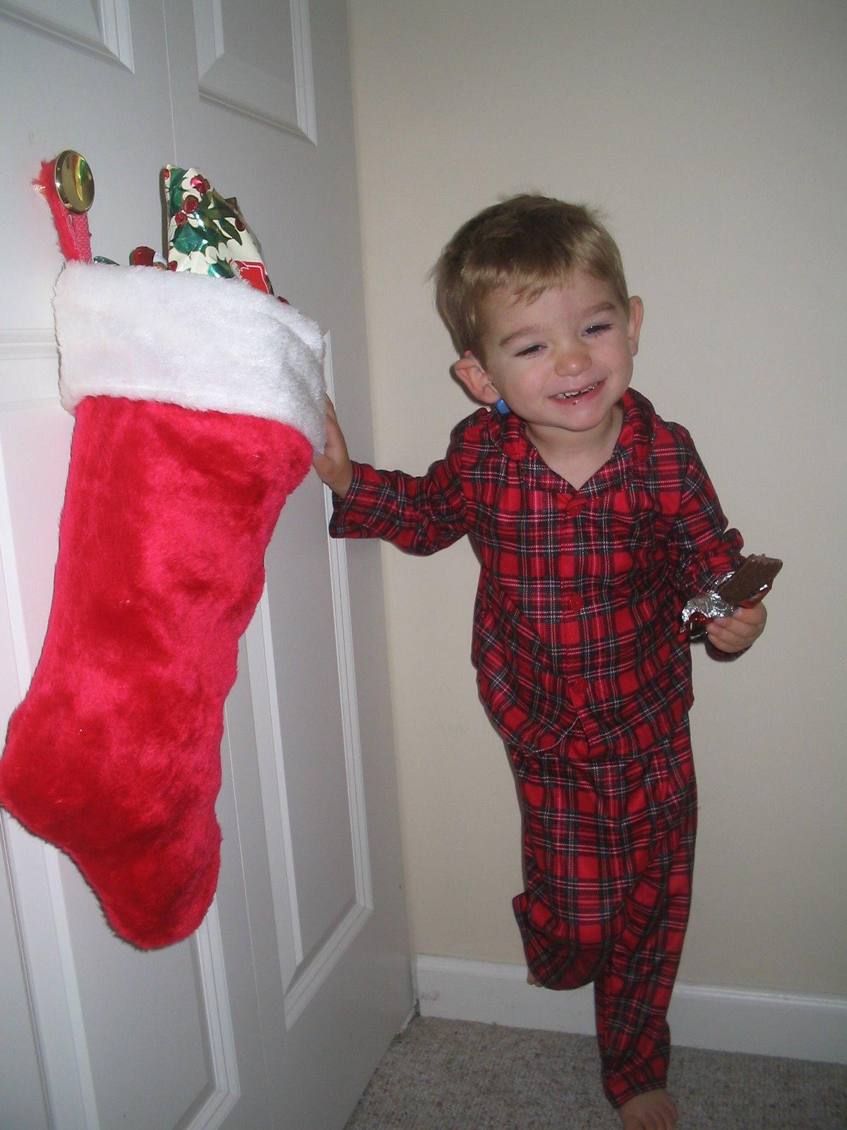 [Isaac+Christmas+2+2007.jpg]