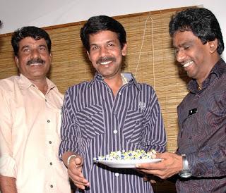 Bala turns commercial director in 'Avan Ivan'