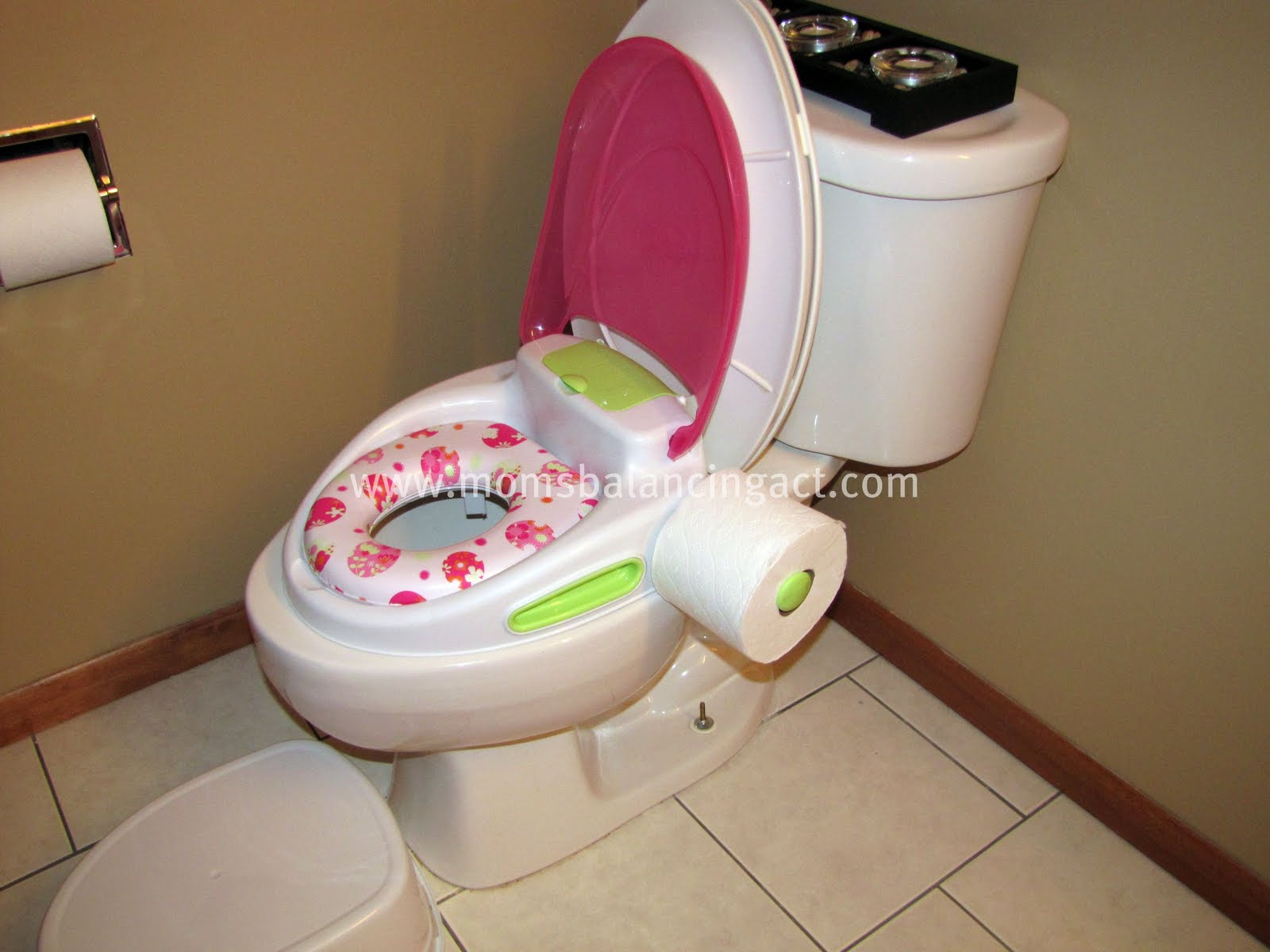 c1f27604252 Summer Infant ~ Step by Step Potty Trainer   Step Stool Review and Giveaway  (Winner chooses color!)