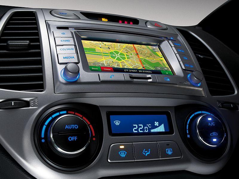 online indian car magazine hyundai adds navigation system in i20. Black Bedroom Furniture Sets. Home Design Ideas