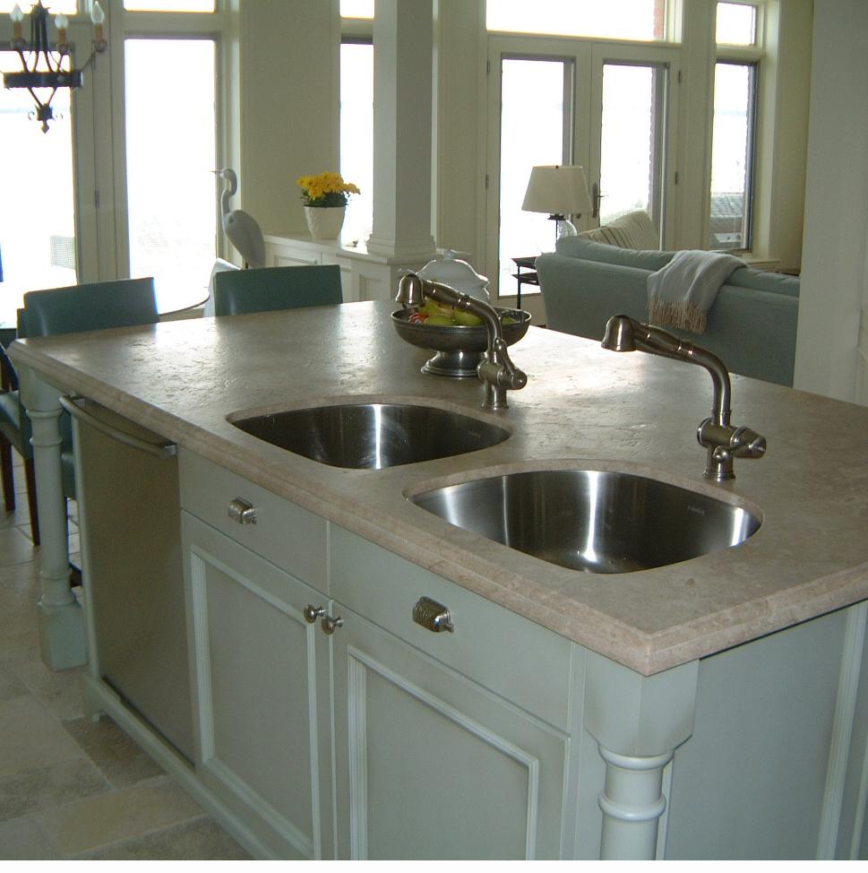 lhvdesign charles parnaso du marbre comme comptoir de cuisine un choix en connaissance de. Black Bedroom Furniture Sets. Home Design Ideas