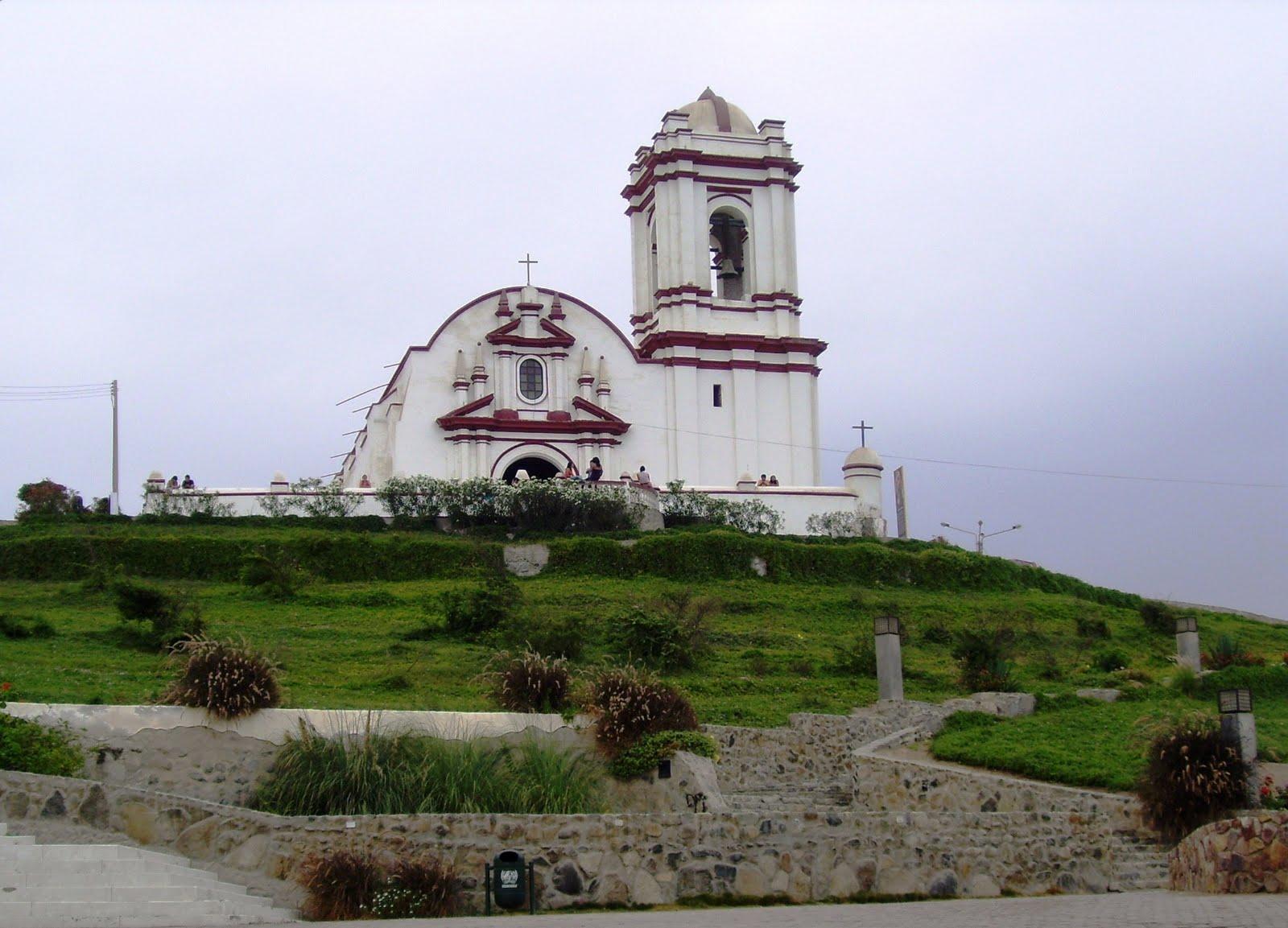 Iglesia Virgen del Socorro de Huanchaco, Perú