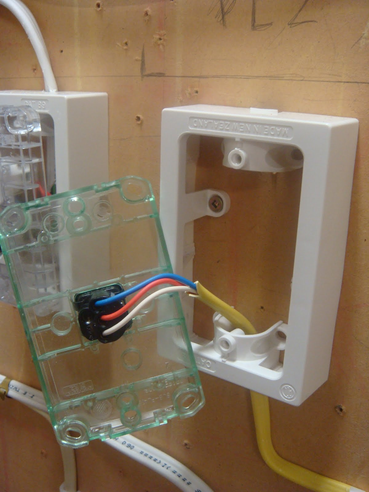 Wiring A Two Way Light Rose