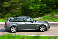 2009 BMW 3-Series Official Pictures Touring Side View