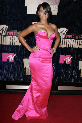 Rihanna On The Red Carpet 2007 MTV Video Awards