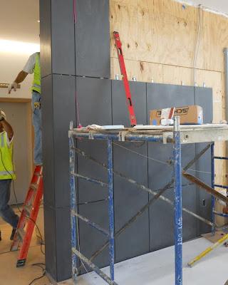 GFRC (Glass Fiber Reinforced Concrete) Panels Shaw Residence - concrete wall design example