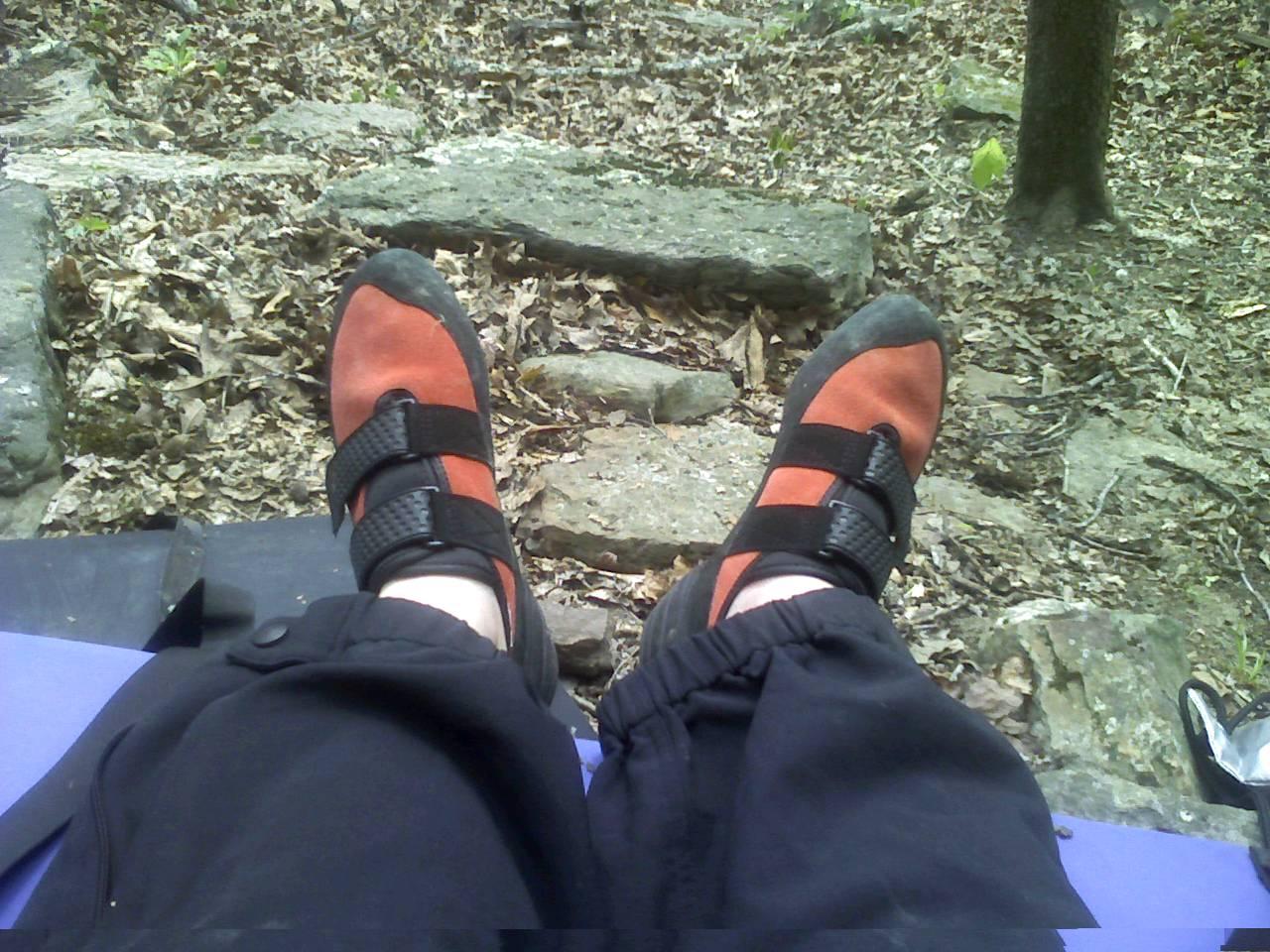 [climbing+shoes]