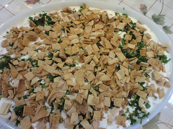 فتة الباذنجان والبطاطس من اطباق النخبه